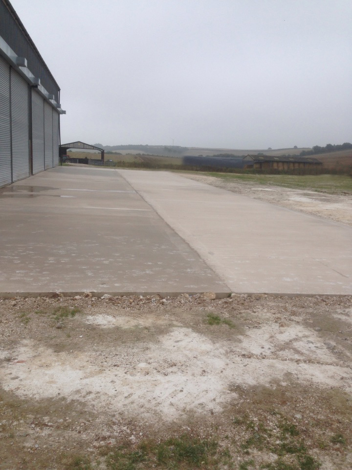 Dean Young Fencing and Concreting